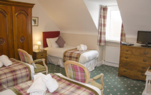 triple room with ensuite in guest house, grantown on spey, highlands
